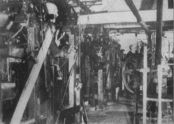1950: Inside the interior of John Dovey's workshop the last commercial hand frame factory in Calverton