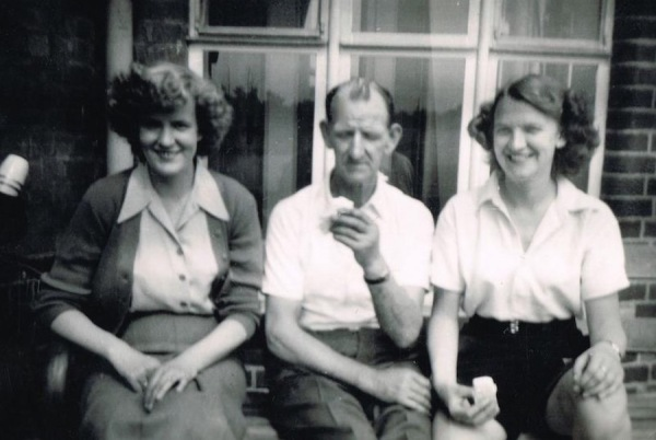 Eileen with her father, John Wright and younger sister Glennis