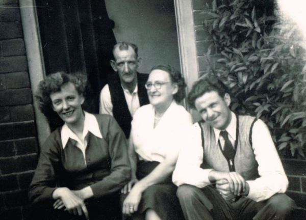 Eileen with her father, mother Gladys and brother-in-law, Johnny Williams