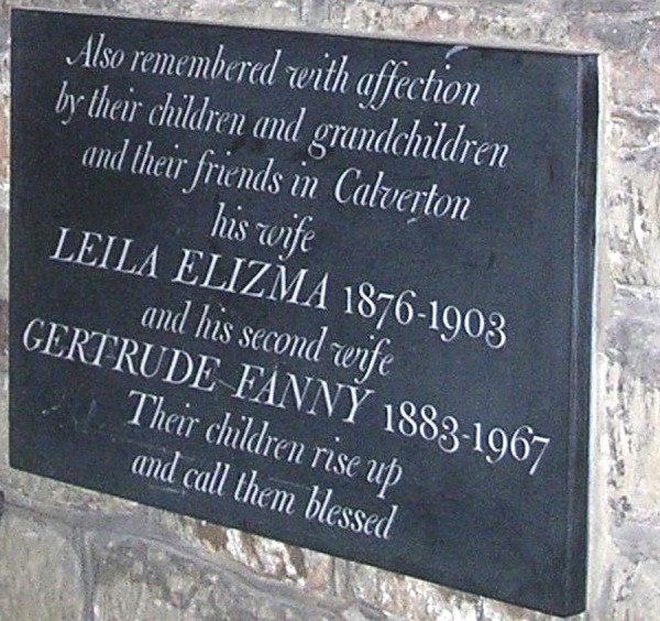 Plaque remembering Mrs L E Seely and Mrs G F Seely